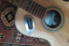 6-Ritocchi-acustici-su-chitarra-Triple-O